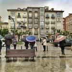 ¡Hasta el moño de paraguas!