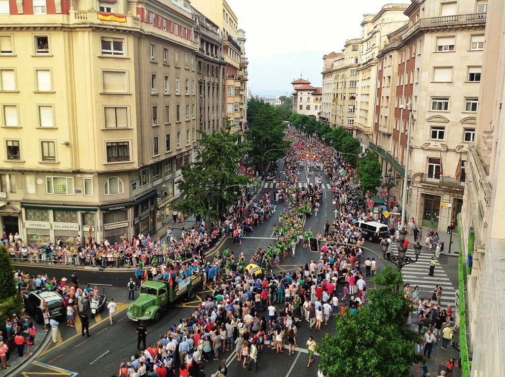 desfilesemanagrande2013santander