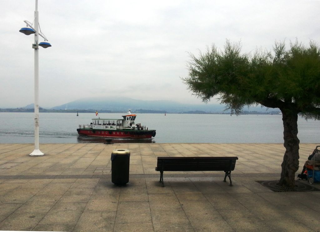 '¿Autobús, auto-barca, o barca-bus?' Autor: Luis Fernández