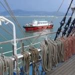 'De barco a barco'. Foto tomada durante la I Semana del Mar de Santander. Autor: Luis Fernández