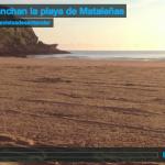 Así planchan la playa de Mataleñas