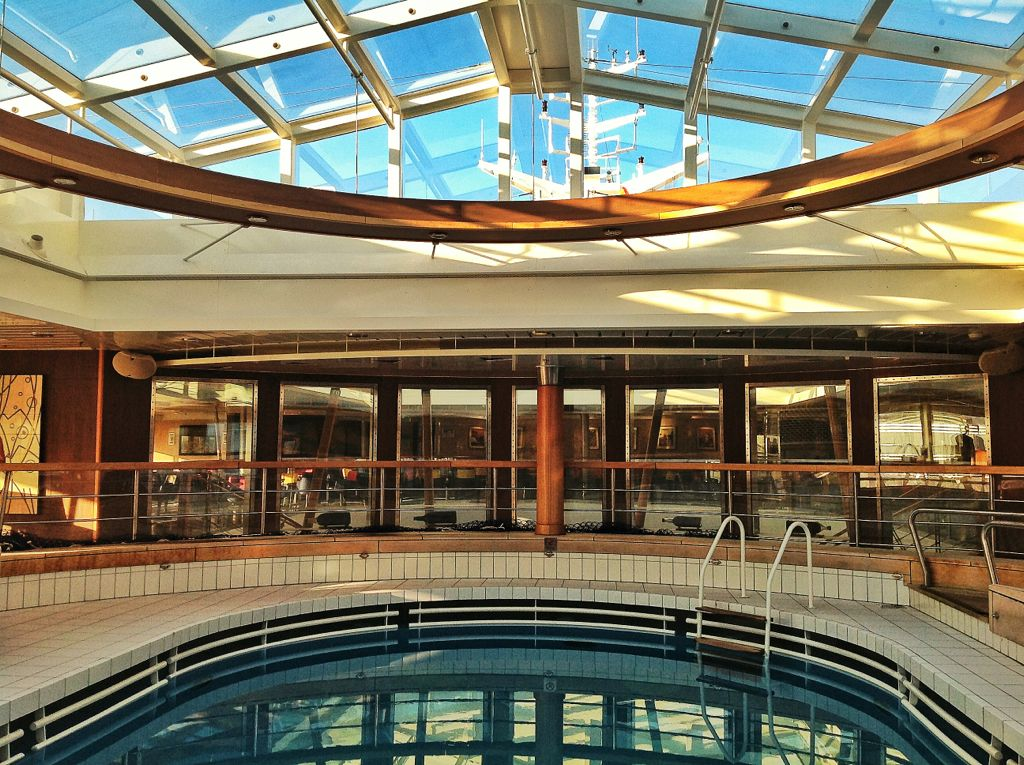 brittany-ferries-pont-aven-piscina