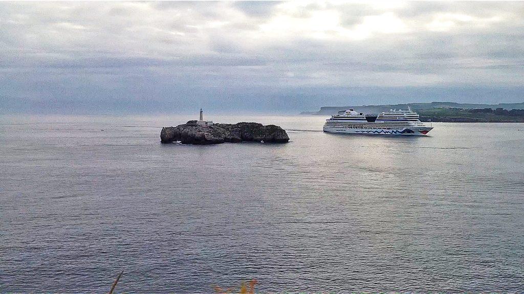 cruceroaidasantandermouro
