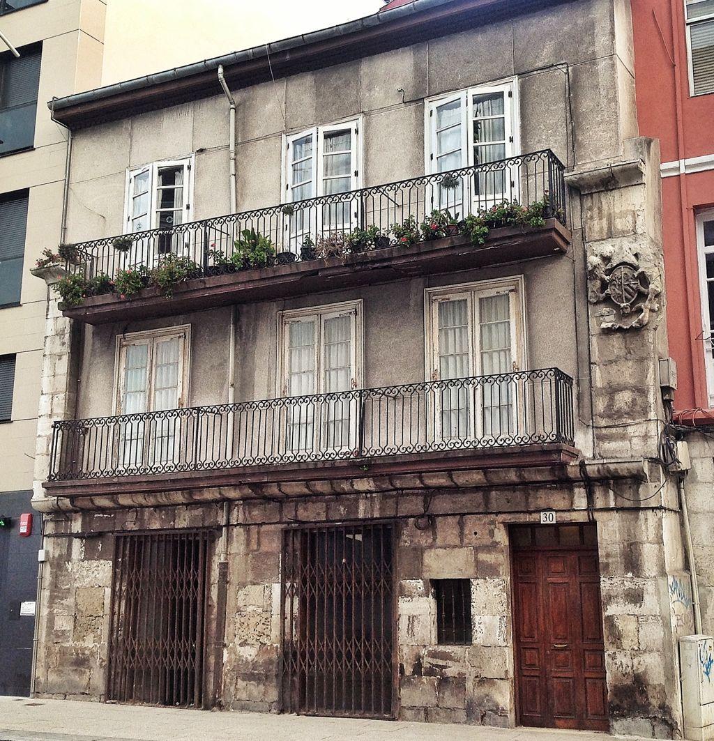 edificio-habitado-mas-antiguo-de-santander