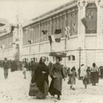 La plaza de la Esperanza abrió puertas con ambiente festivo en 1904