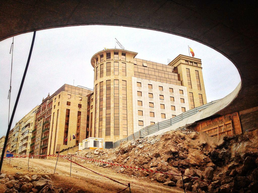 tunel-centro-botin-boca-hotel-bahia