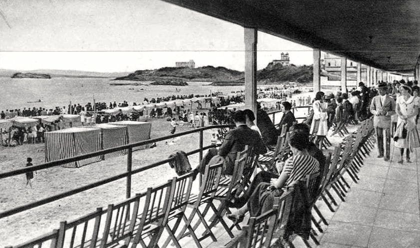 Bajos-del balnerario-pombo-en-la-primera-del-sardinero-en-1932