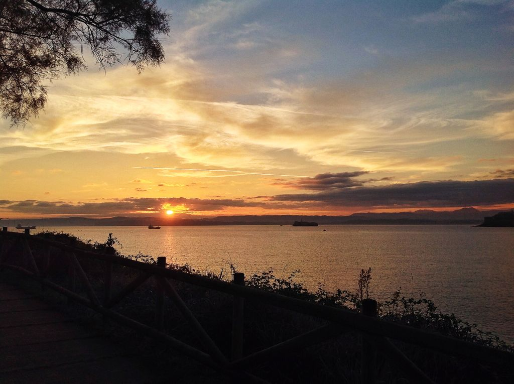 amanecer-barco-isla-mouro