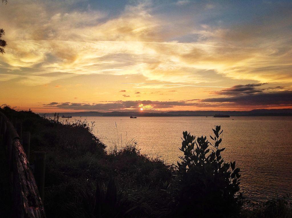 amanecer-barco-mataleñas