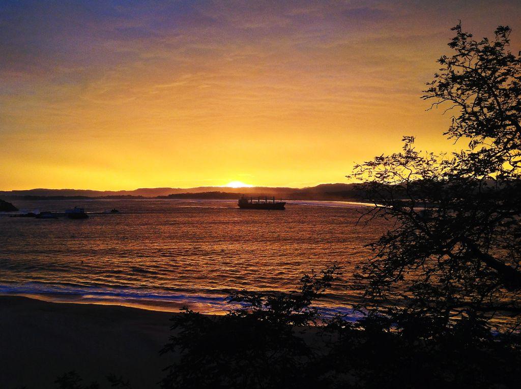 amanecer-barco-santander