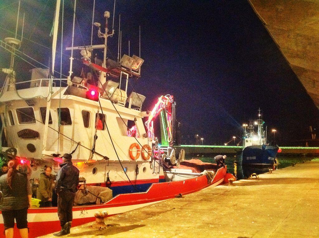 barrio-pesquero-santander-barco