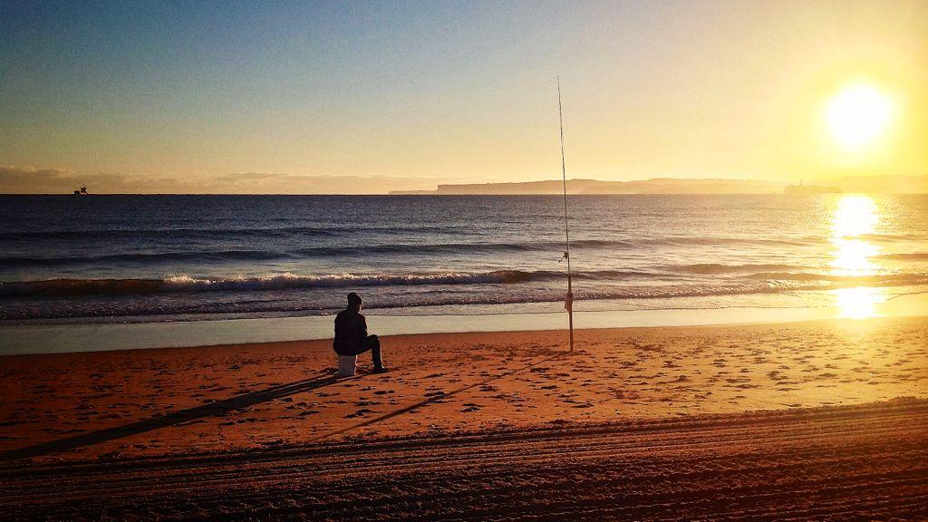 pesca-sardinero-amanecer
