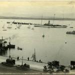 El Rey Alfonso XIII llega a la bahía de Santander a bordo del 'Giralda'
