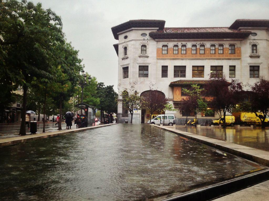 lluvia-correos-estanque-santander