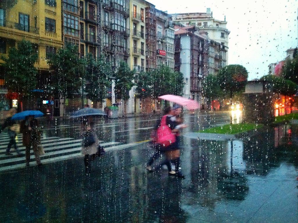 lluvia-santander-paso-de-cebra