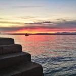 La bahía se tiñe de amanecer
