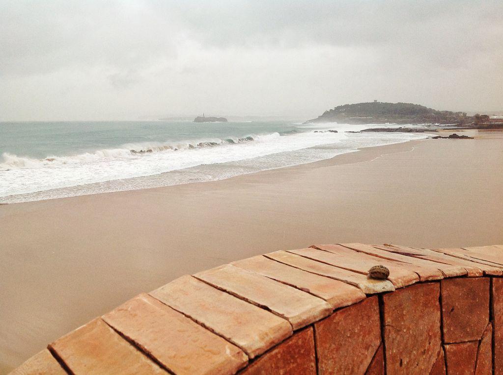 primera-del-sardinero-temporal-arena-planchada