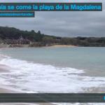 La bahía se come la playa de la Magdalena