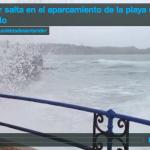 La mar salta en el aparcamiento de la playa del Camello