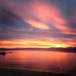 Espectacular amanecer sobre la isla de la Torre