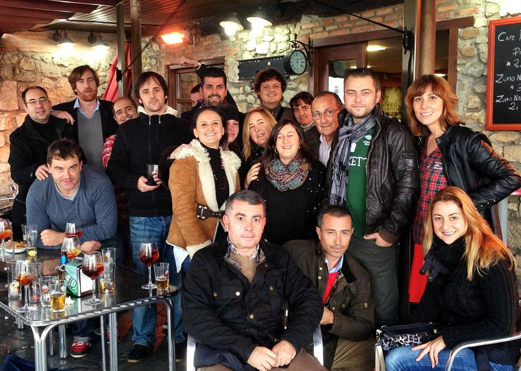 brindis-tuitero-santander-grupo-2013