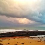 Nubarrones esponjosos sobre el Sardinero