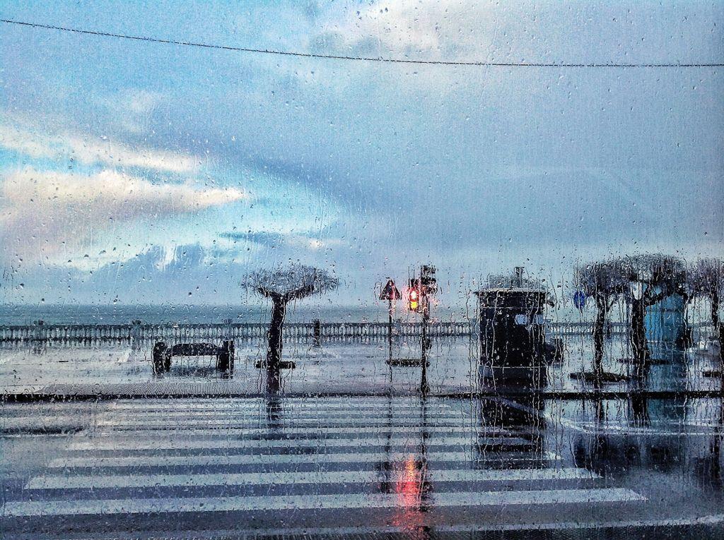 sardinero-santander-lluvia-cristales