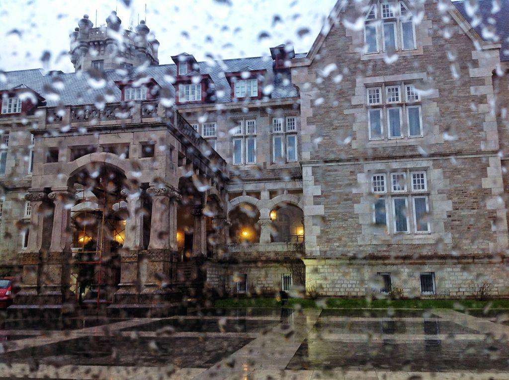 palacio-magdalena-lluvia