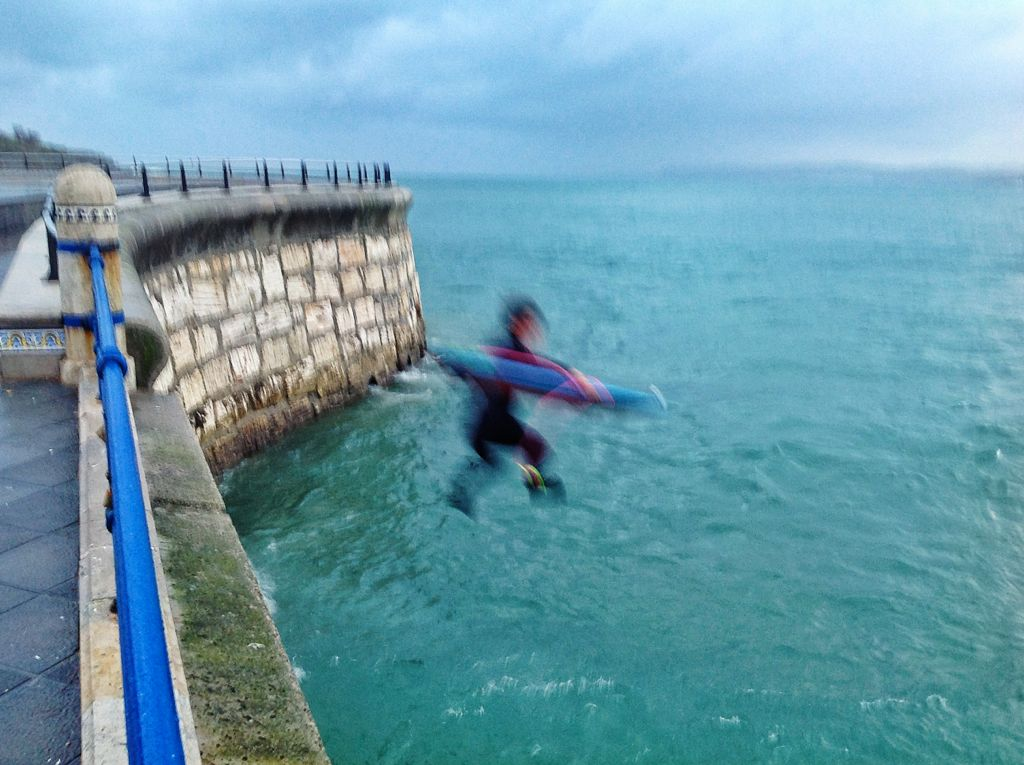 surf-chiqui-espigon-salto-santander