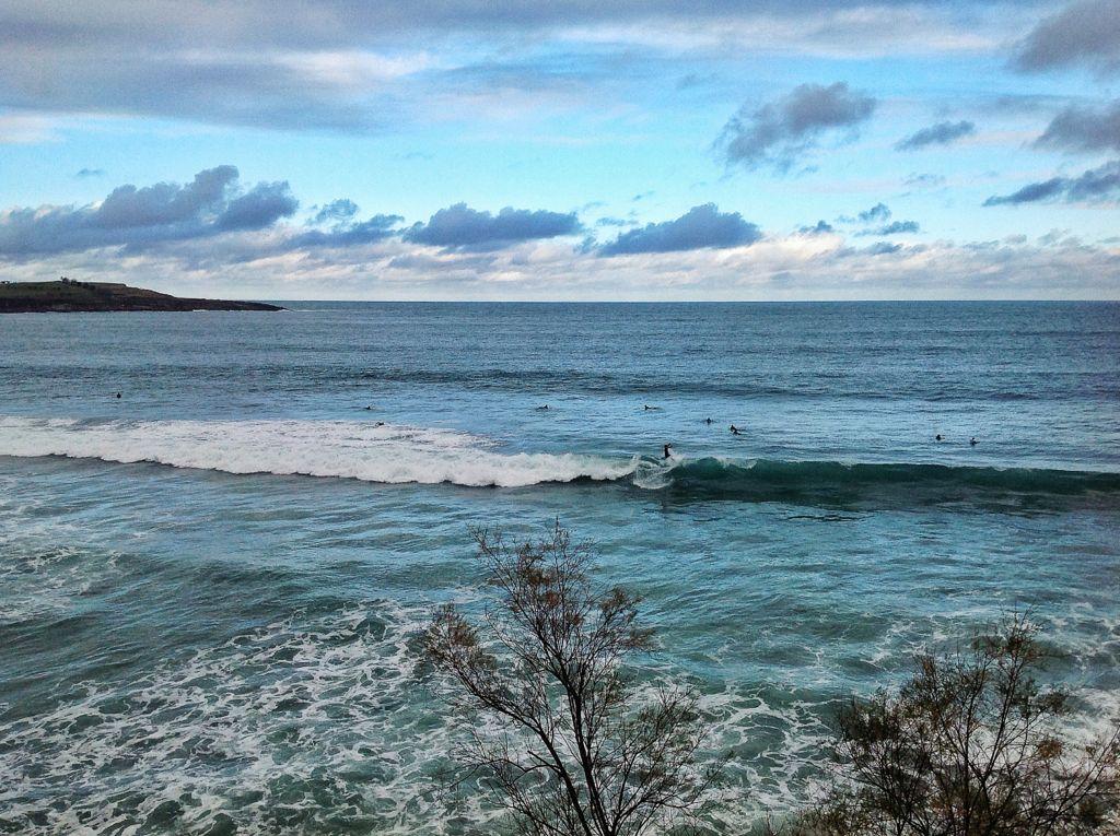 surf-ola-sardinero-azul