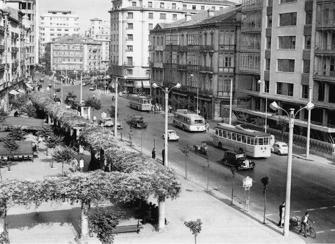 academia-puente-plaza-ayuntamiento-santander