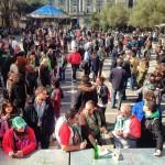 Ambientazo en la fiesta del centenario del Racing en la plaza de Pombo