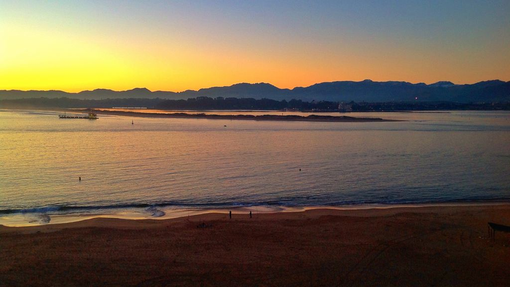 amanecer-puntal-barco-santander