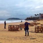 El temporal descubre las pilastras del antiguo balneario de Castañeda