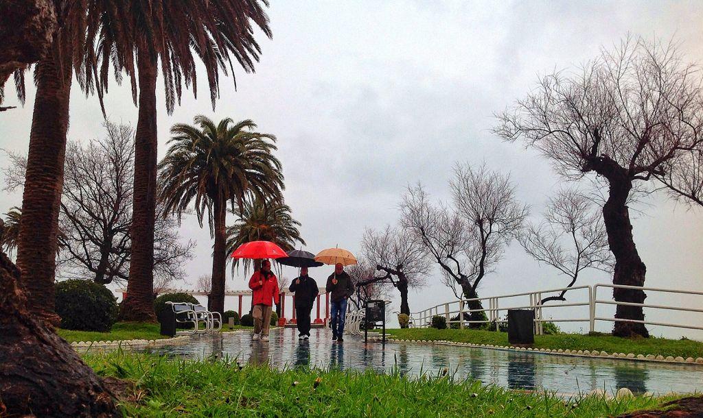 paseo-lluvia-piquio