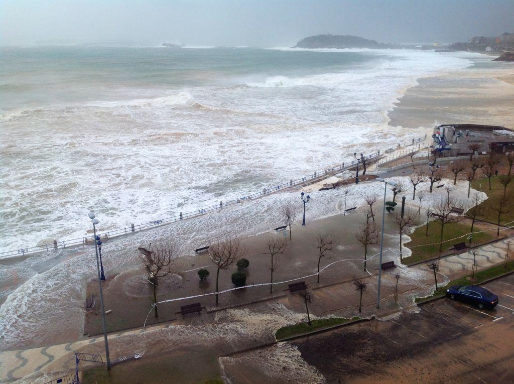 temporal-sardinero-parque-inundado-santander