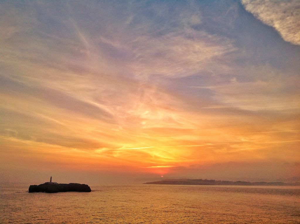 amanecer-mouro-medio-sol