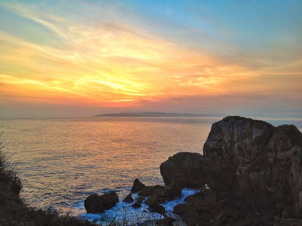 amanecer-rocas-amarillos-santander