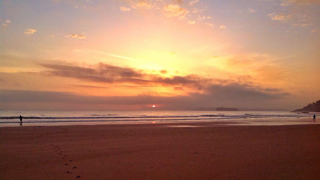 amanecer-santander-sardinero-sol-medio