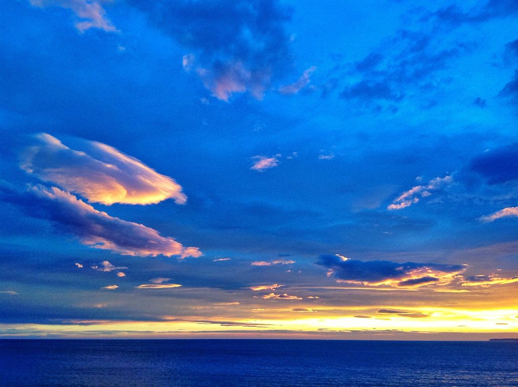 nubes-encendidas-sardinero