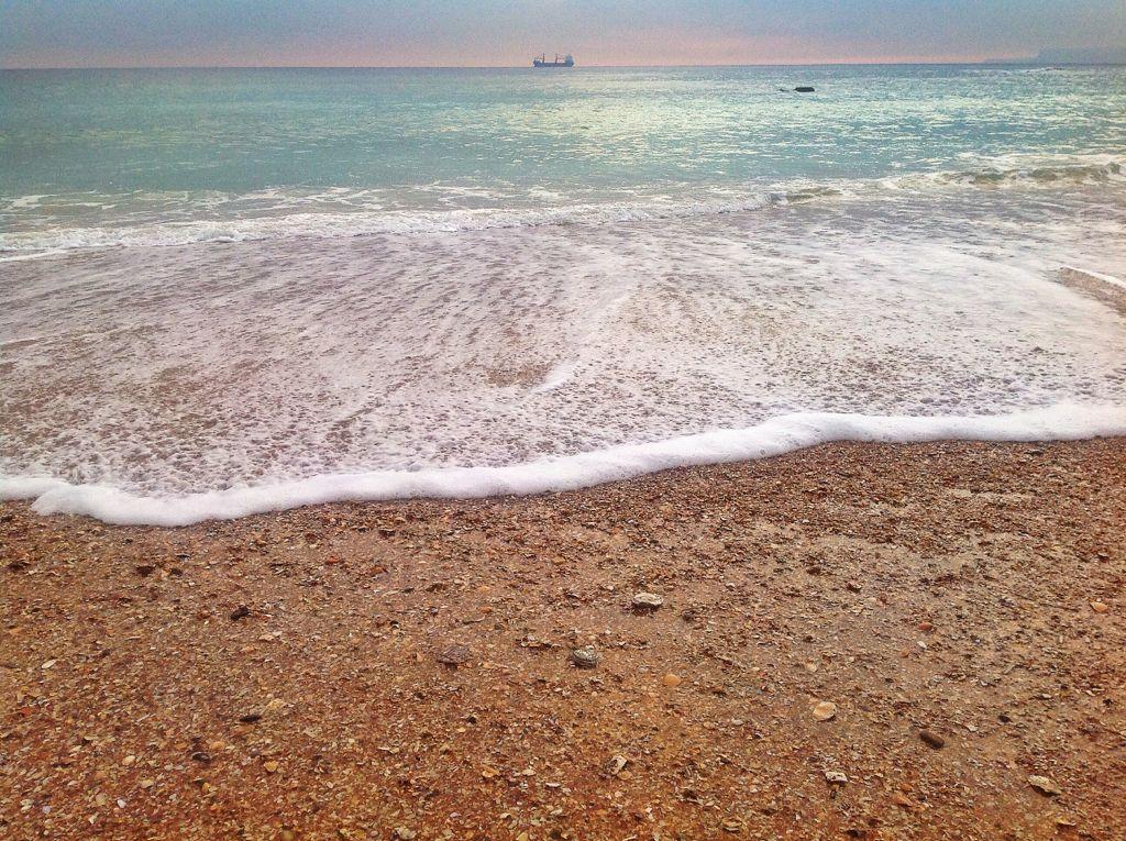 ola-barco-sardinero