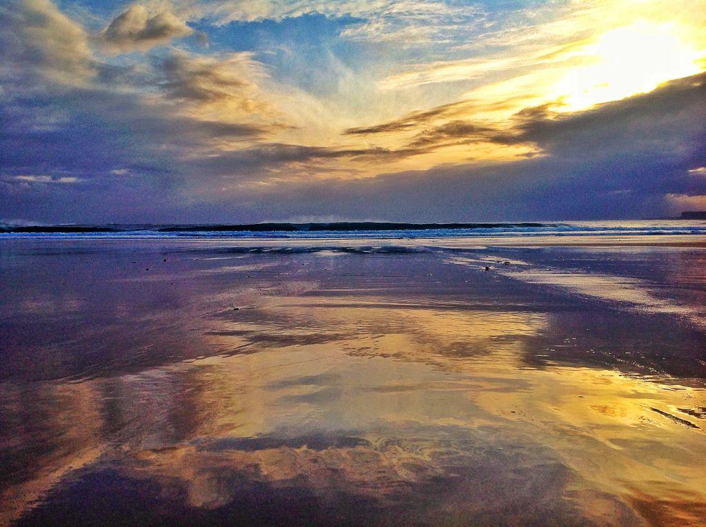 ola-cantabrico-sardinero-amanecer