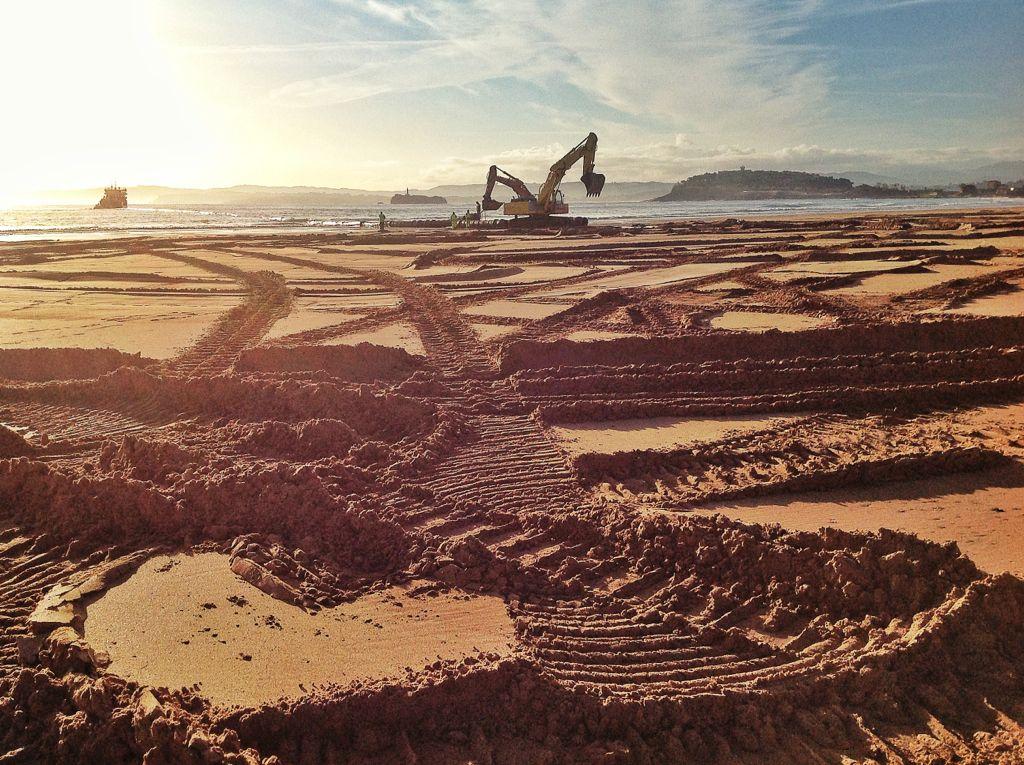 escavadoras-sardinero-dragado