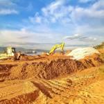 Ya ha empezado el relleno de arena en las playas de Los Peligros y la Magdalena