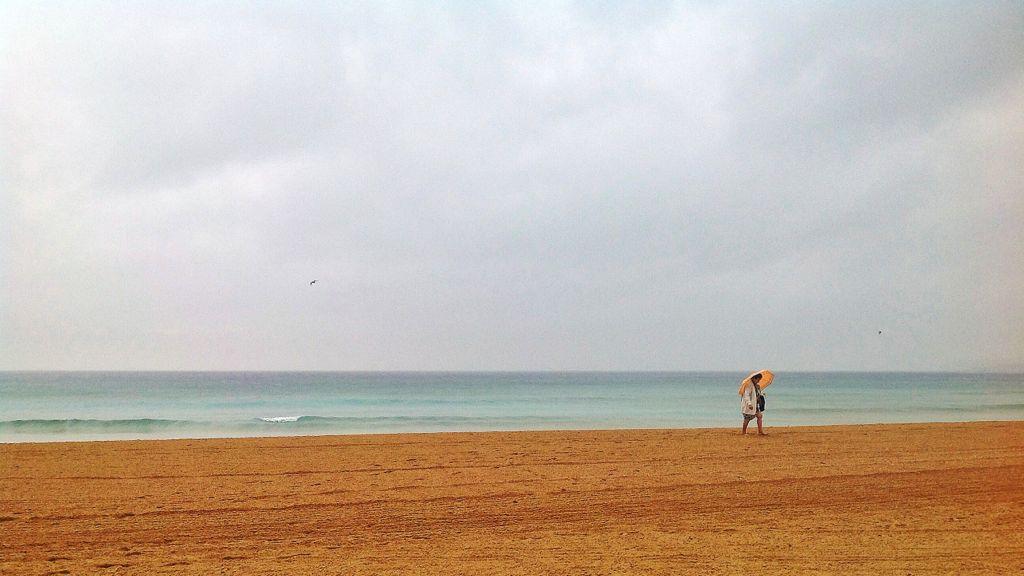 playa-lluvia-sardinero