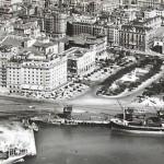 Santander cuando se descargaba madera donde hoy se construye el Centro Botín