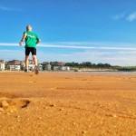 Ver el sol y volar de la alegría por la arena del Sardinero