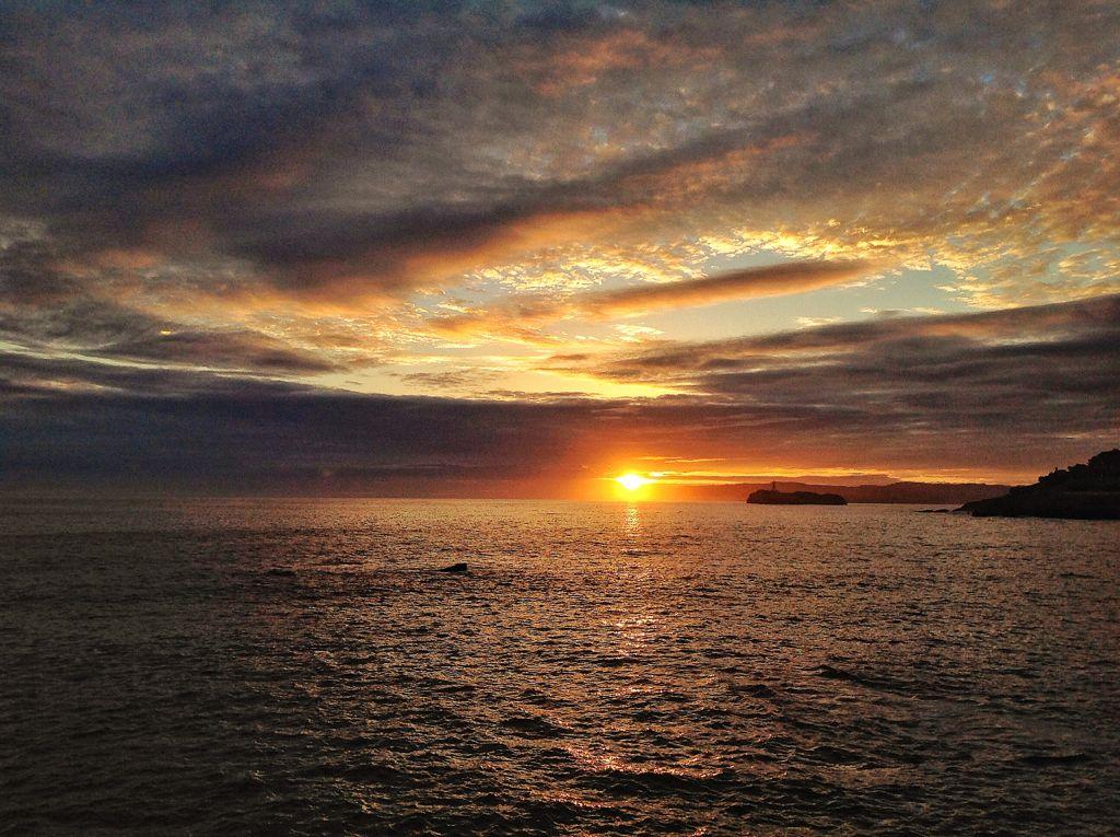 alambre-horizonte-amanecer-santander