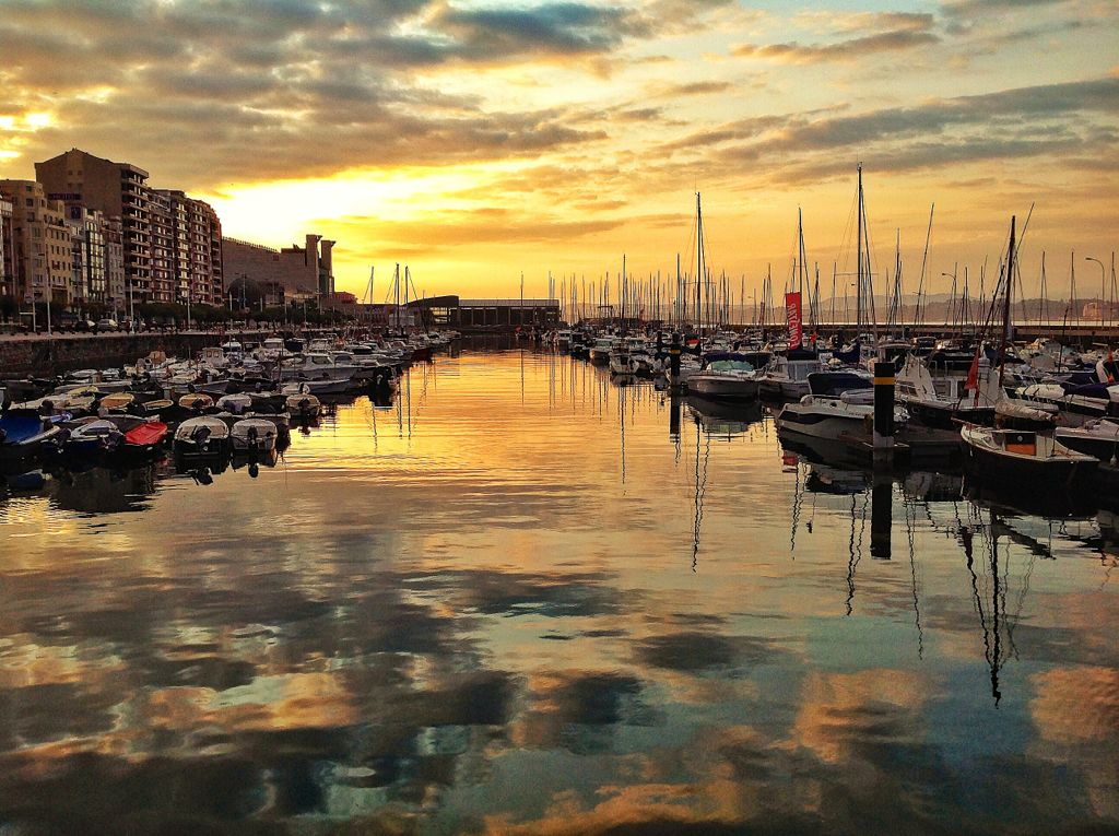puertochico-amanecer-reflejos