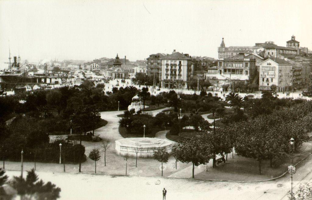 Jardines-Pereda-Kiosko-roto-1905